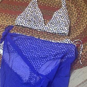 BOGO Free 🌻Joe Fresh 2 piece bikini and sarong